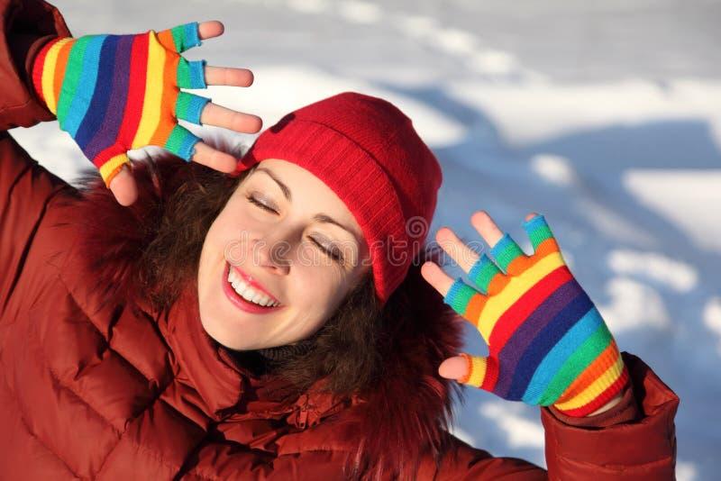 Download 女孩手套多彩多姿微笑 库存照片. 图片 包括有 彩虹, 全能, 表面, 白种人, 手套, 人们, 幸福, 衣裳 - 15690762