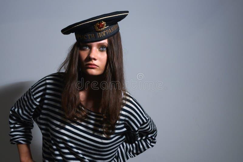 女孩水手。 库存图片