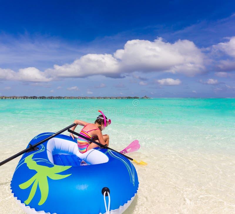 女孩海洋 免版税图库摄影