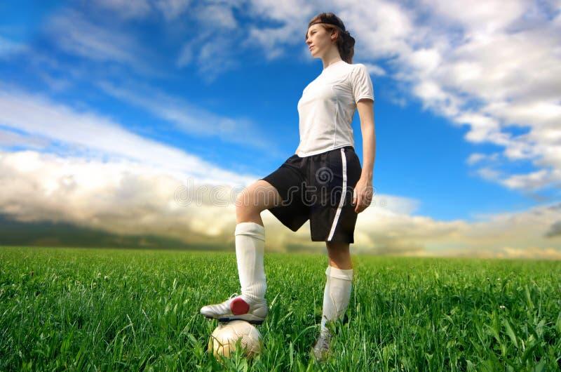 女孩球员足球 免版税库存图片
