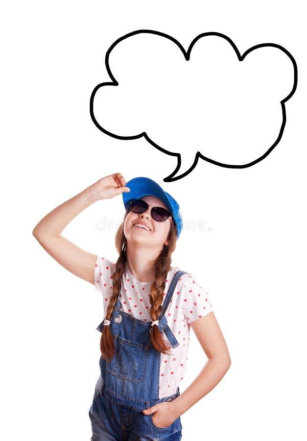 女孩的画象夏天成套装备的在白色背景 免版税库存照片