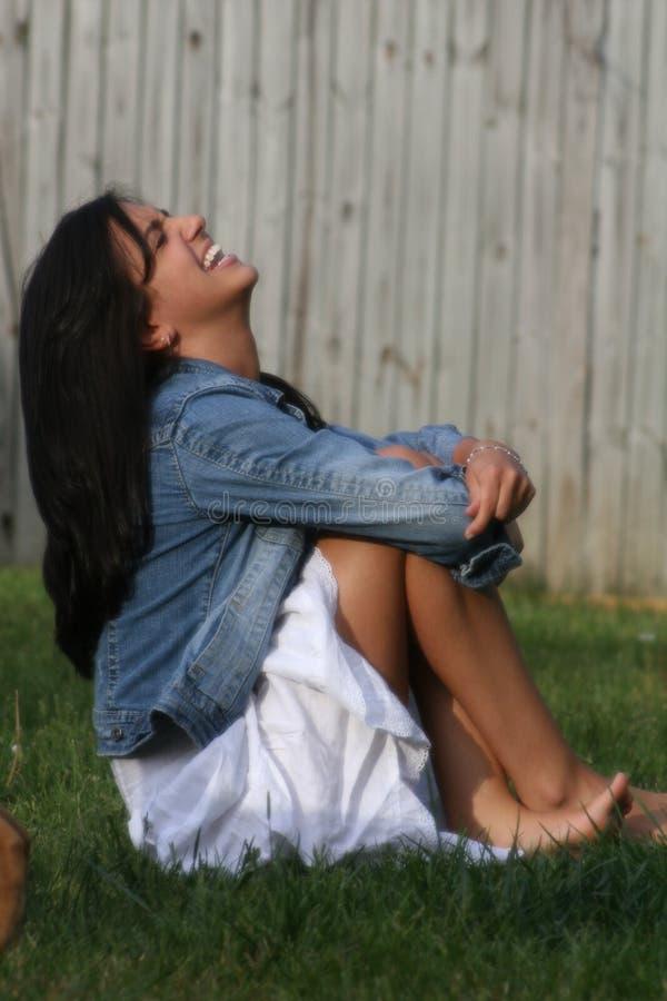 女孩笑 免版税图库摄影