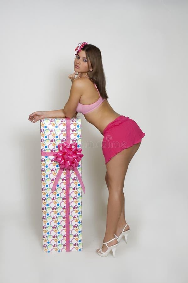 女孩粉红色裙子 免版税图库摄影