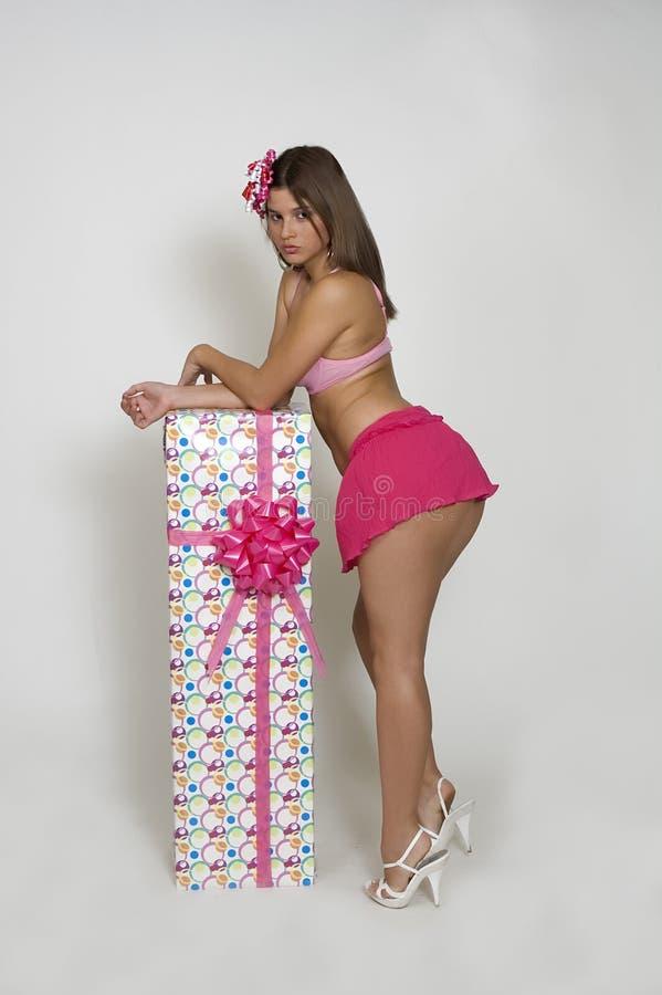 女孩粉红色裙子 免版税库存照片