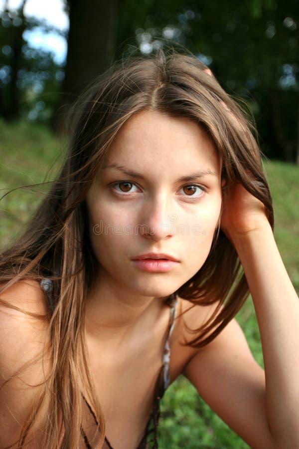 Download 女孩纵向 库存图片. 图片 包括有 自然, 前夕, 空白的, 头发, 鼻子, 人员, 青少年, 嘴唇, brunhilda - 194939