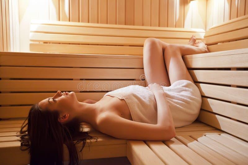 女孩蒸汽浴 库存图片