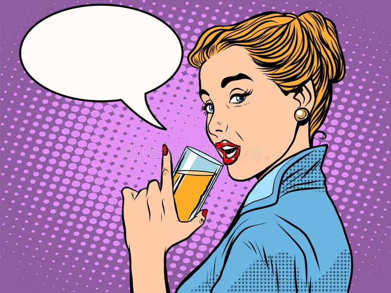女孩酒精饮料 皇族释放例证