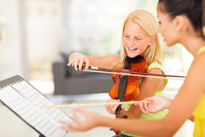 女孩音乐课 免版税库存图片