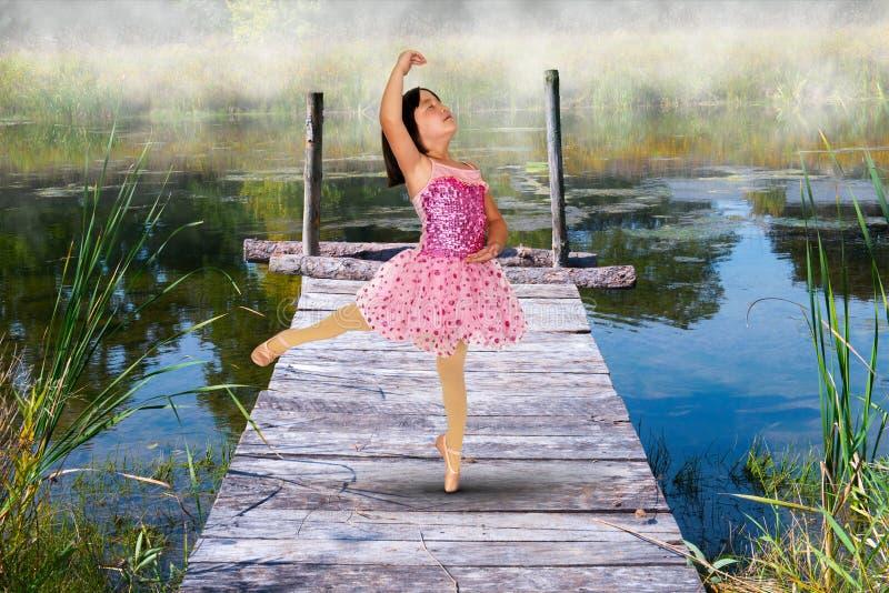 女孩,希望,爱,和平,自然 库存图片