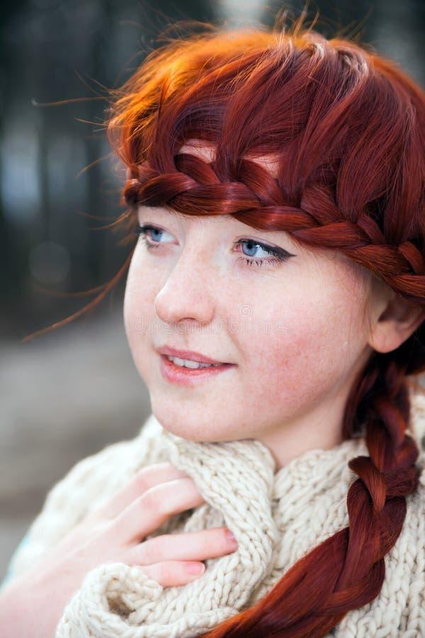 女孩头发纵向红色 库存照片
