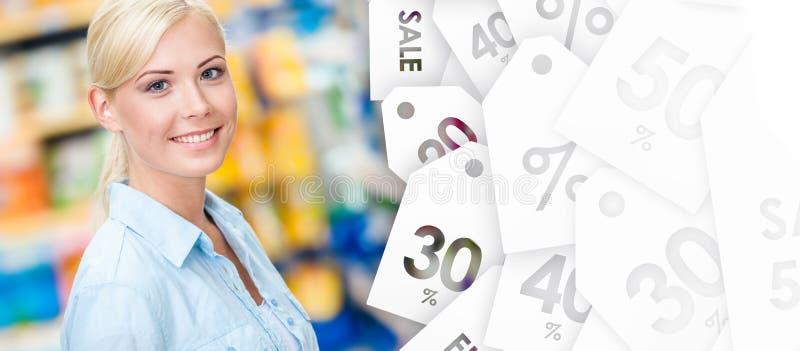 女孩画象在市场上 免版税库存图片