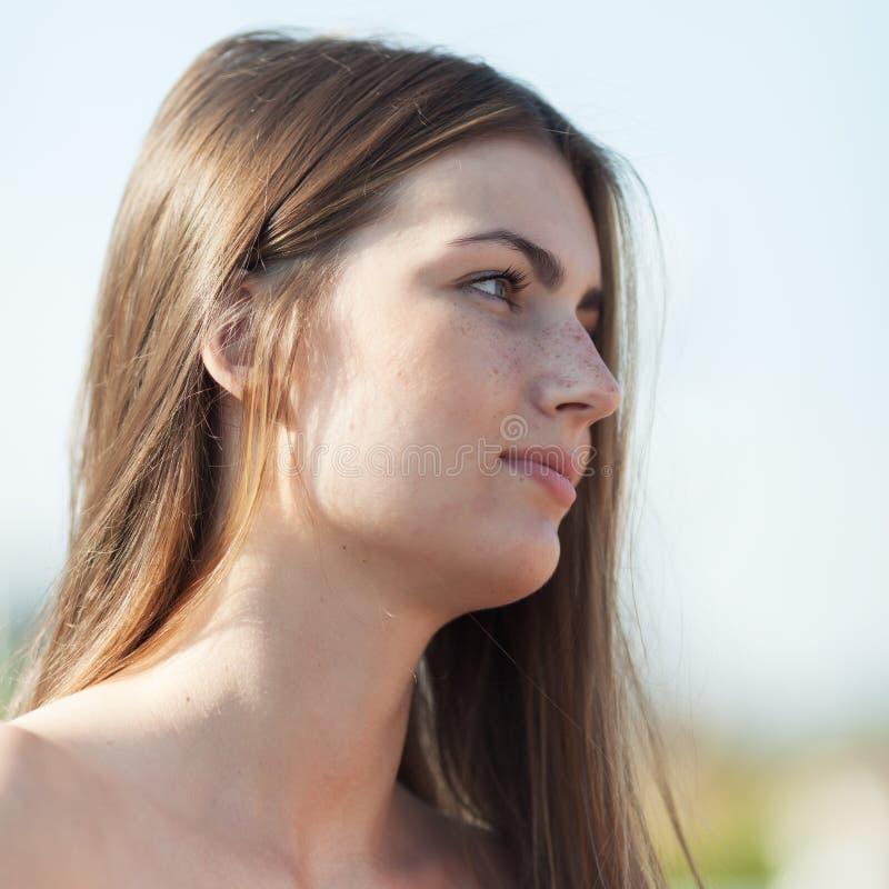 女孩画象露天的 免版税图库摄影