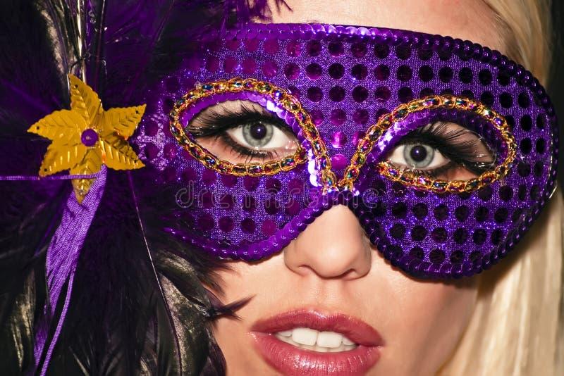 女孩gras mardi被屏蔽的化妆舞会当事人 库存照片