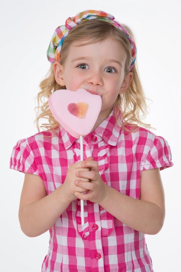 女孩Loseup有被摆正的衬衣的 免版税库存图片