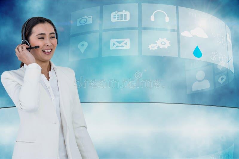 女实业家佩带的头被设置反对象背景 免版税图库摄影