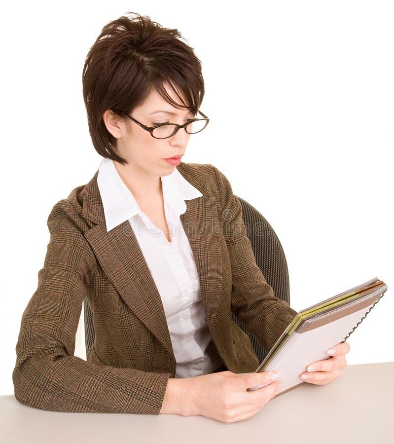 女实业家她附注读 免版税库存照片