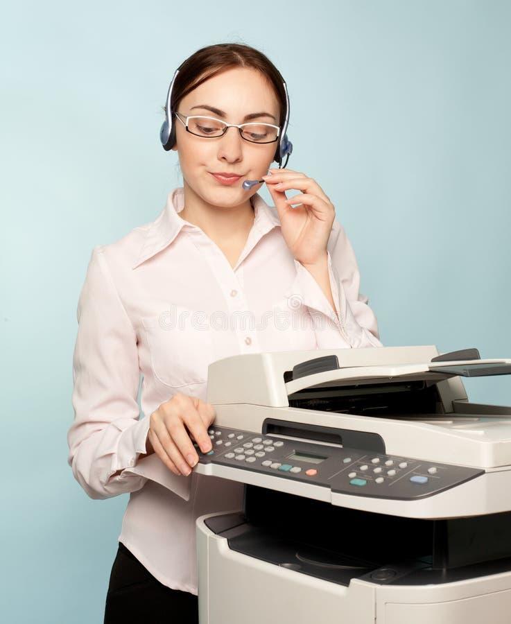 女实业家影印机 免版税库存照片
