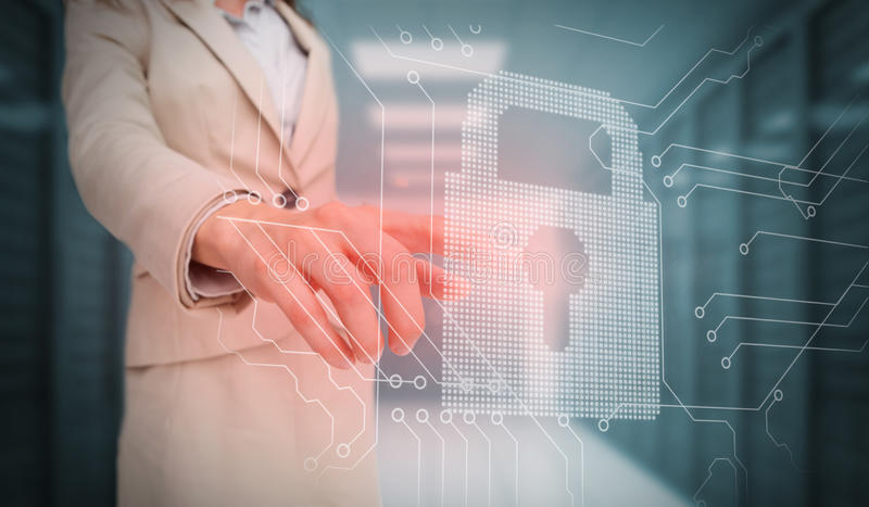 女实业家感人的锁和电路板图表 向量例证