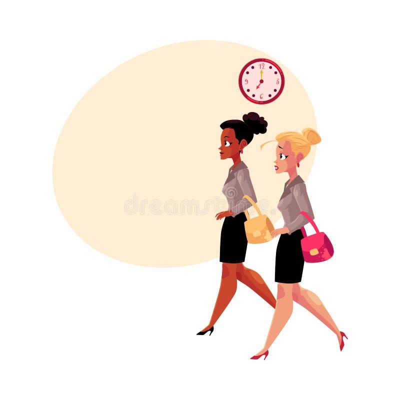 年轻女实业家,黑和白种人,赶紧在早晨工作 库存例证