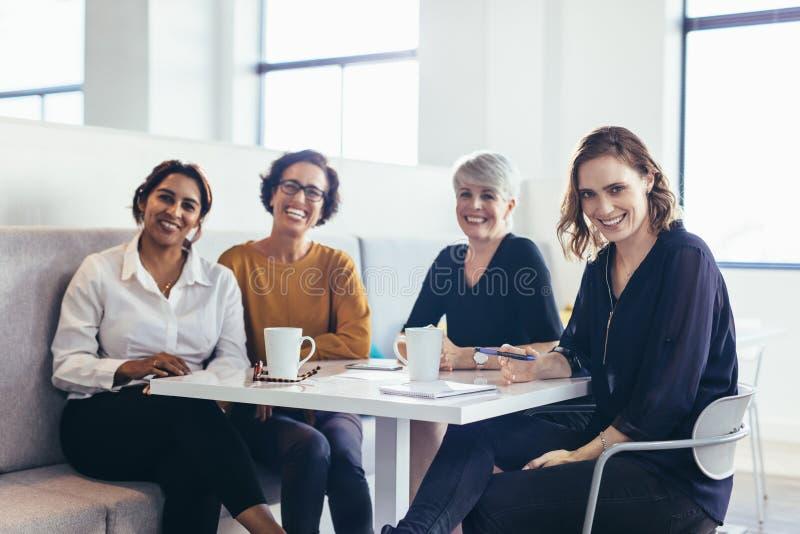 女性企业专家队  免版税库存图片