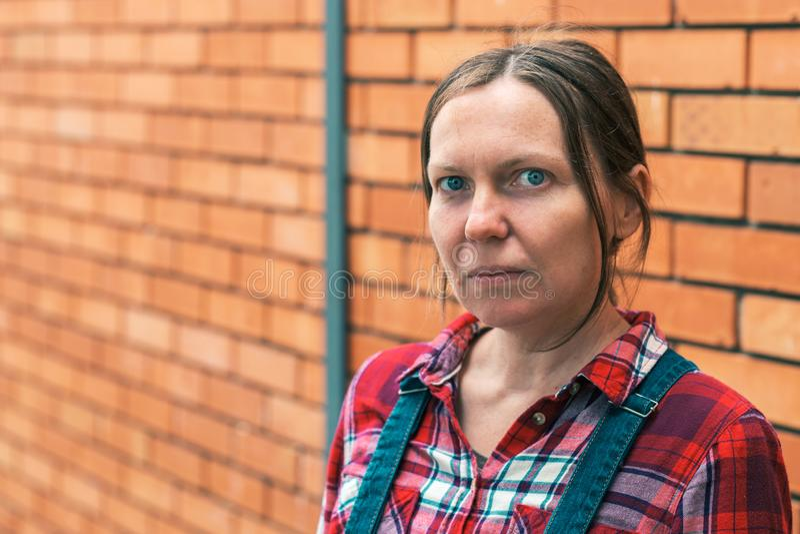 女性农夫认为 免版税库存照片