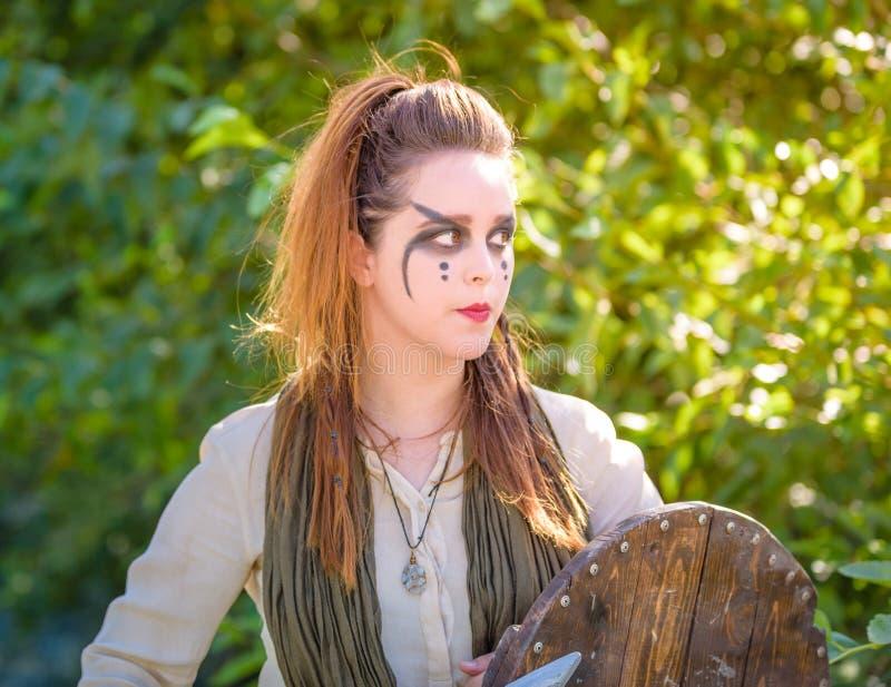 女性北欧海盗字符 库存照片