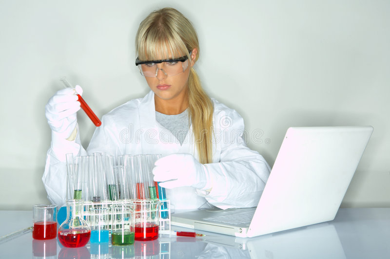 女性实验室 库存图片