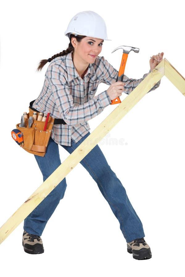 女性木匠 免版税图库摄影