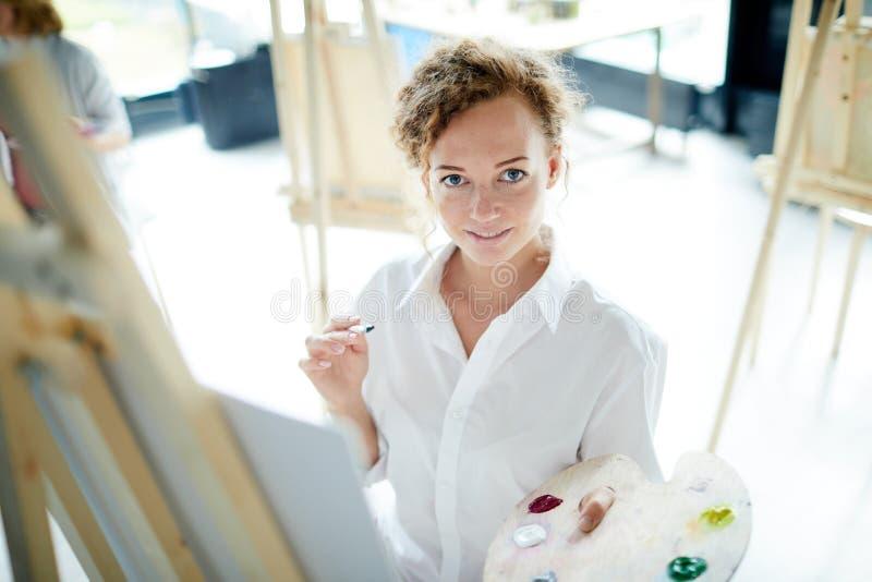 女性画家 库存照片
