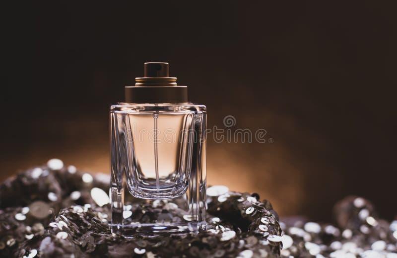 女性香水 免版税库存照片