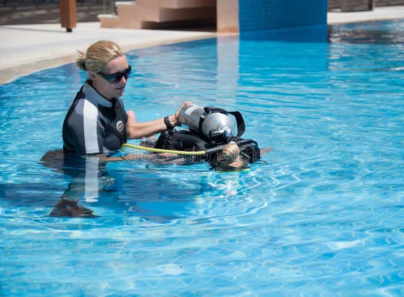 女性轻潜水员 库存照片