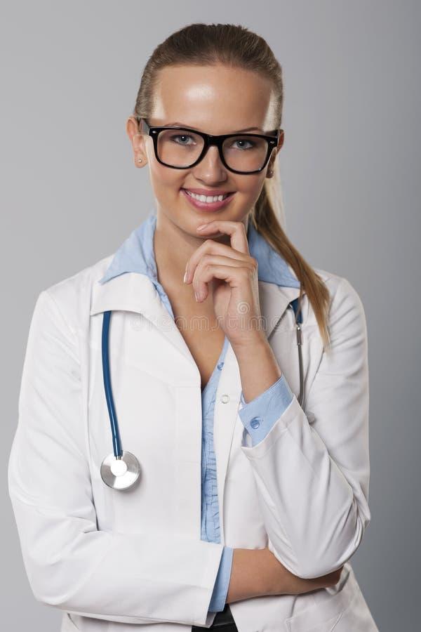 女性医生 免版税库存图片