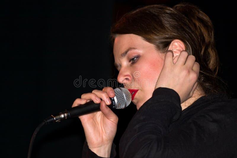 女歌手 免版税图库摄影