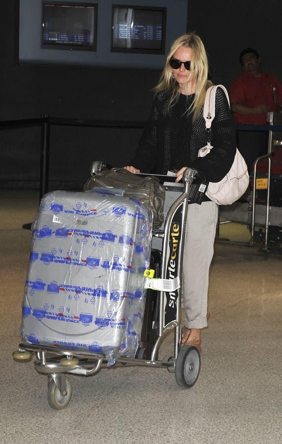 女演员机场松驰bosworth的kate 库存图片
