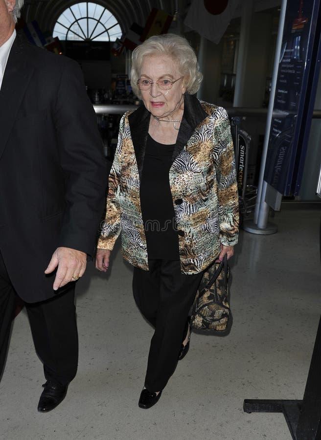 女演员贝蒂松驰被看到的白色 免版税库存照片