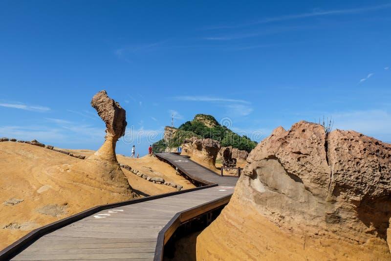 女王顶头岩石在Yehliu Geopark 免版税库存照片