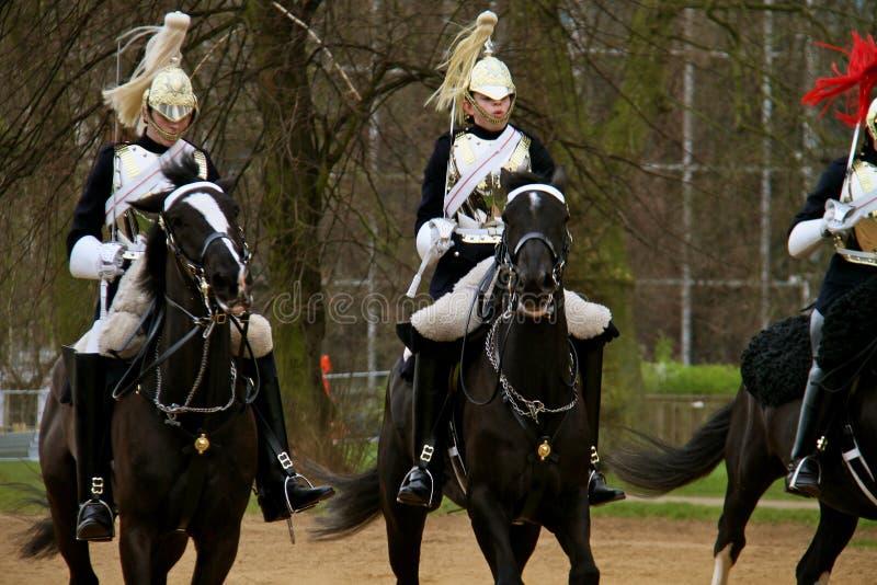 女王/王后卫兵骑马 免版税库存图片
