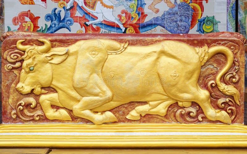 女神公牛雕塑  免版税库存图片