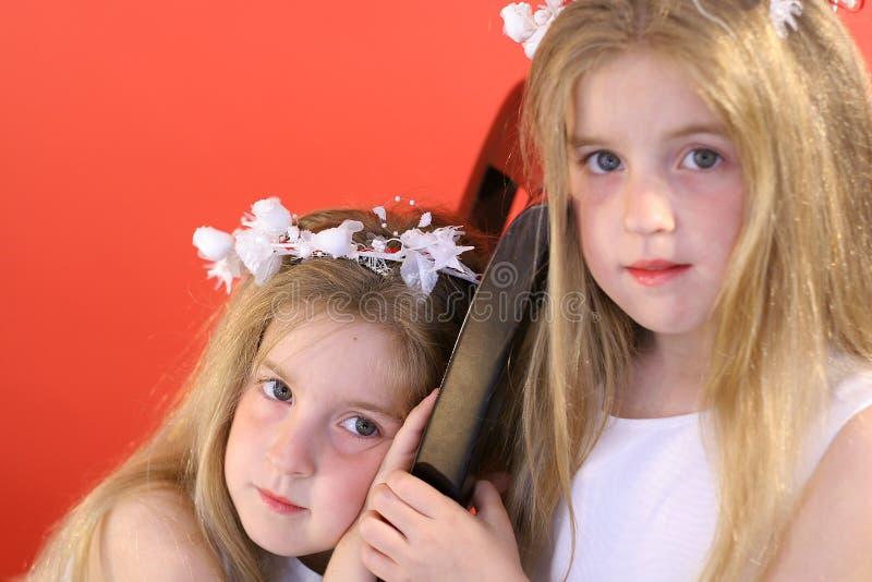 女花童同卵双生 免版税库存图片