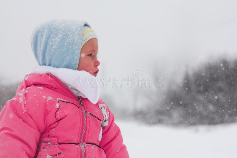 女婴冬天 库存照片