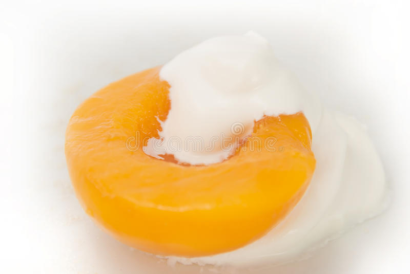 奶油色桃子 库存照片