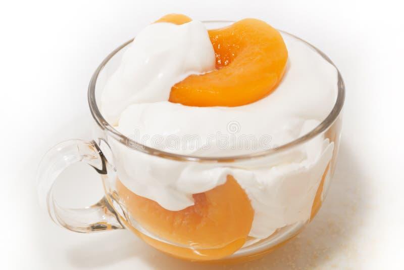奶油色桃子 库存图片