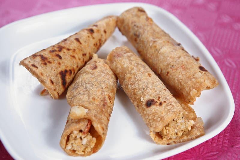 奶油被充塞的稀薄的薄煎饼, paladai充塞了薄煎饼 库存照片