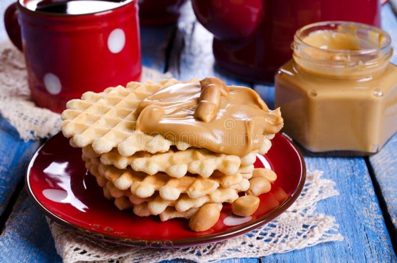 奶蛋烘饼用花生酱 库存图片