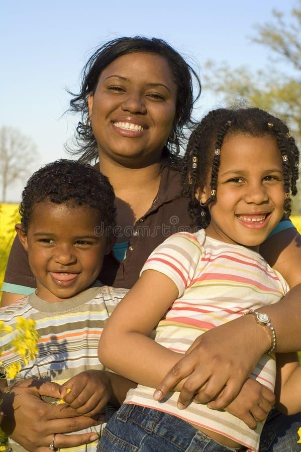 她孩子母亲 免版税库存图片