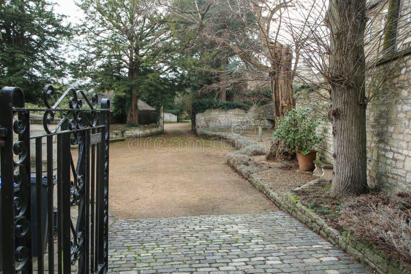 好的老镇雅芳河畔布拉福在英国 免版税库存图片