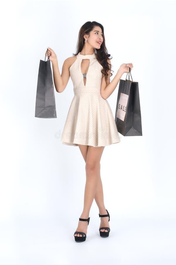 妇女举行购物袋 库存照片