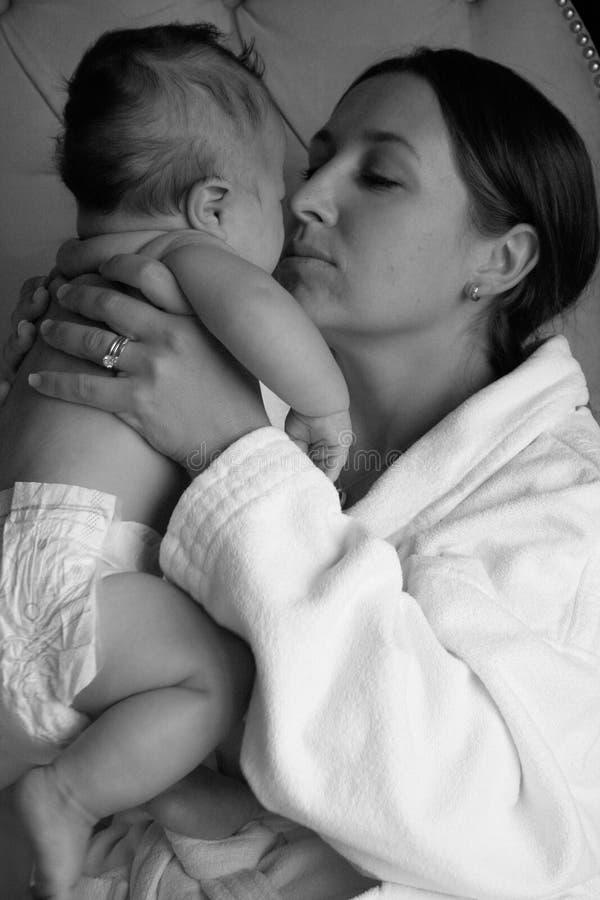 妇女和孩子 免版税库存照片