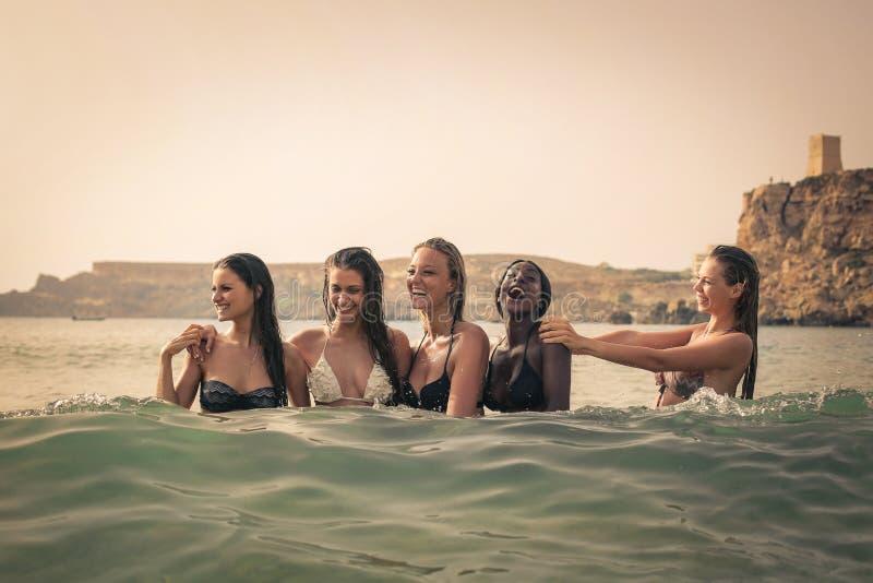 妇女在水中 库存照片