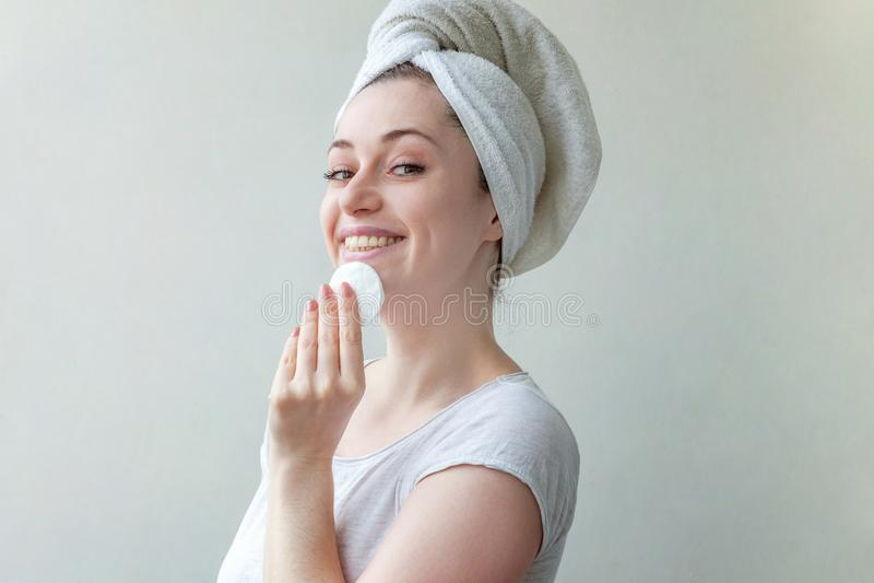 妇女洗涤化妆用品 免版税库存照片